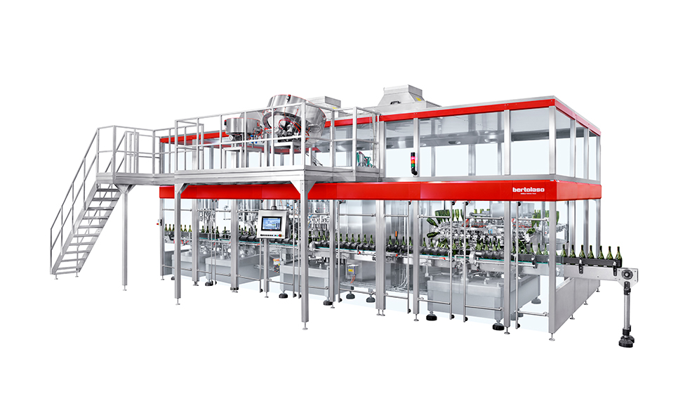 Bertaloso rinser and filler system for wine and beverage packaging