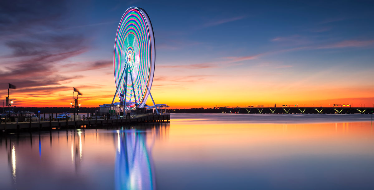 Glowing Ferris wheel at the National Harbor in Maryland