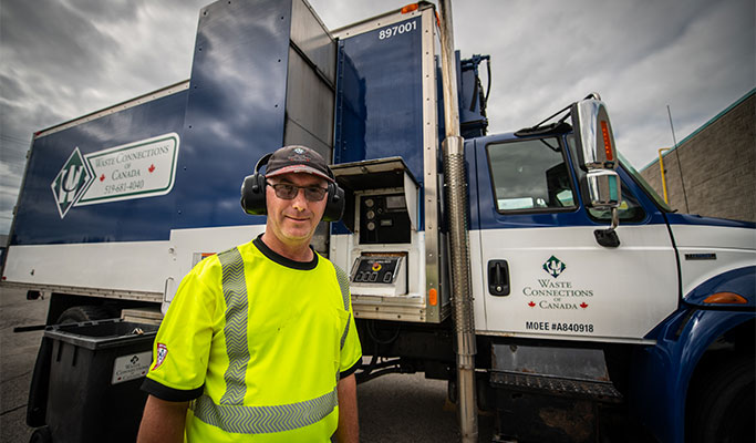 Waste Connections Canada Driver_HHC2916